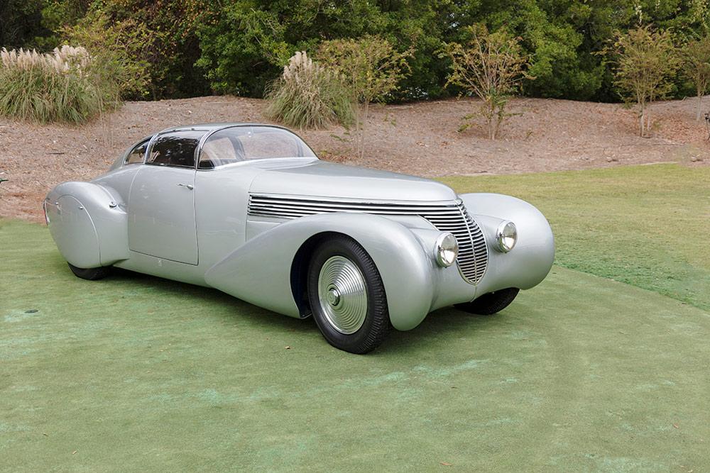 Silver 1938 Dubonnet Xenia